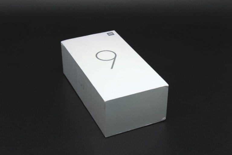 Xiaomi Mi 9 okostelefon teszt 2