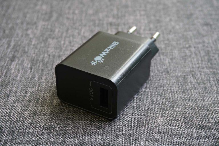 BlitzWolf BW-S9 gyorstöltő és BW-TC5 USB kábelek tesztje 5