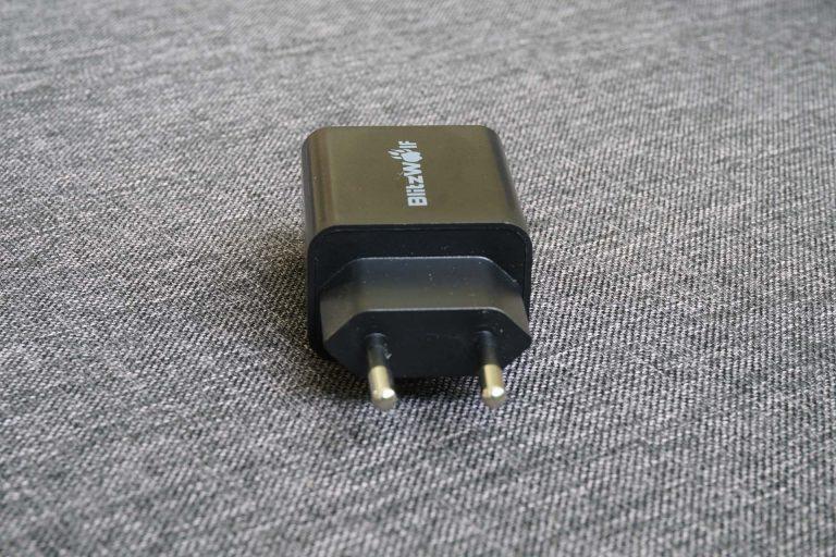 BlitzWolf BW-S9 gyorstöltő és BW-TC5 USB kábelek tesztje 7