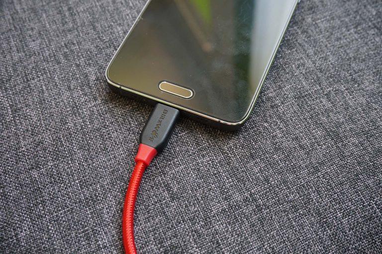 BlitzWolf BW-S9 gyorstöltő és BW-TC5 USB kábelek tesztje 18