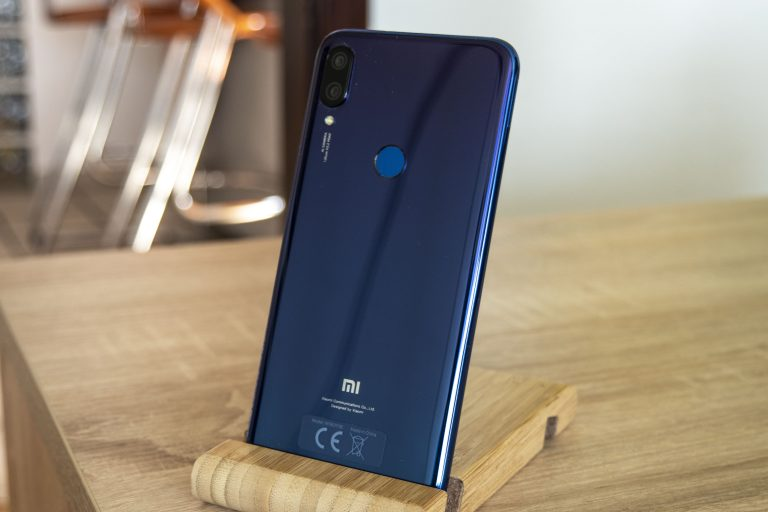 Redmi 7 vs. Mi Play 7