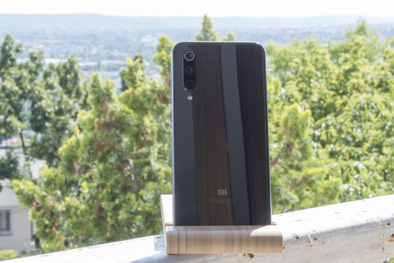 Xiaomi Mi 9 SE okostelefon teszt 3