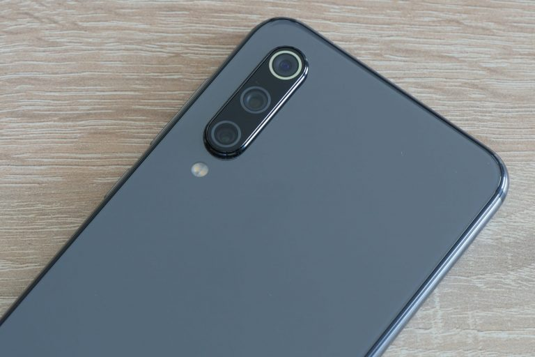 Xiaomi Mi 9 SE okostelefon teszt 7