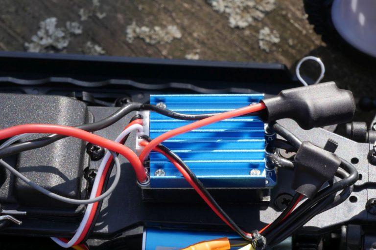 ZD Racing Raptor BX-16 RC autó teszt 12
