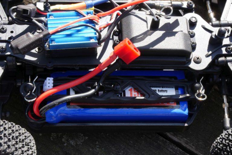 ZD Racing Raptor BX-16 RC autó teszt 9