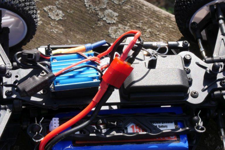 ZD Racing Raptor BX-16 RC autó teszt 8