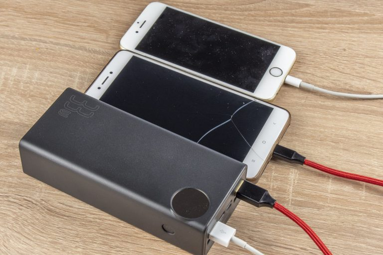 20 Ah-s Xiaomi és 30 Ah-s Baseus powerbankok tesztje 2