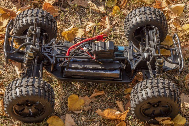 ZD Racing Thunder ZMT-10 távirányítós autó teszt 4