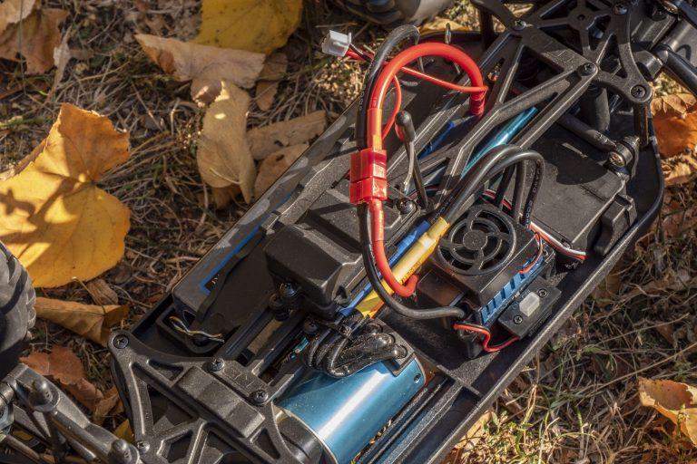 ZD Racing Thunder ZMT-10 távirányítós autó teszt 8
