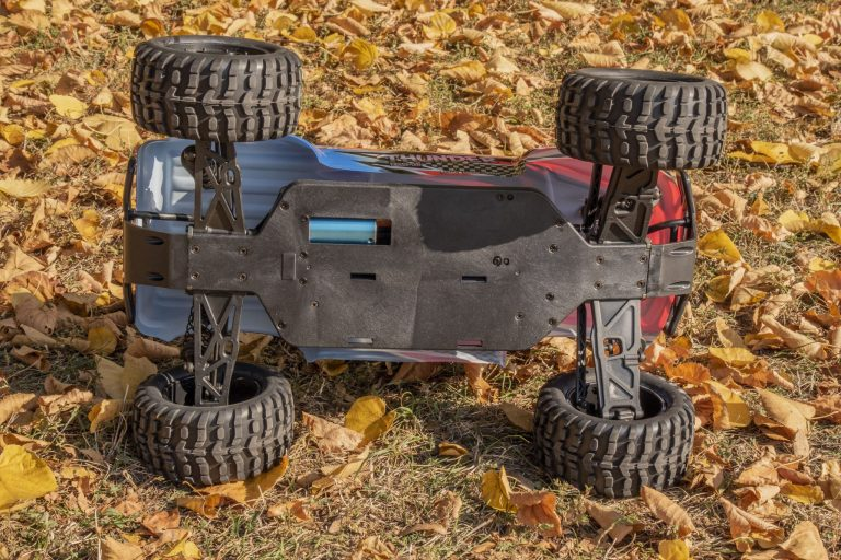 ZD Racing Thunder ZMT-10 távirányítós autó teszt 13