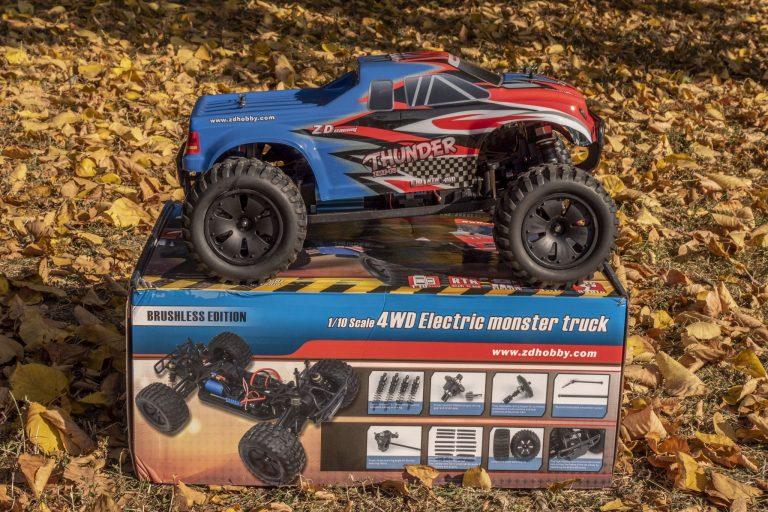 ZD Racing Thunder ZMT-10 távirányítós autó teszt 14