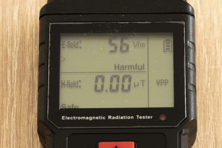 Liumy LM7001 elektromágneses mérő teszt 9