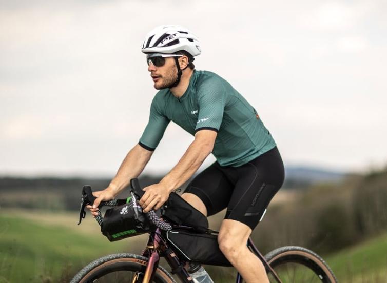 Biciklizés Aliexpress földén 19