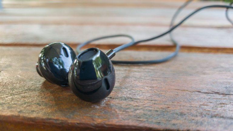 Blitzwolf BW-ES5 vezetékes fülhallgató teszt 4