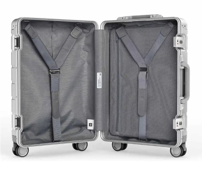 Prémium minőségű bőröndvásár a Banggoodon 7