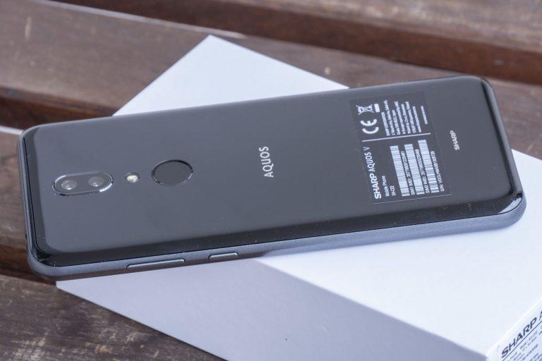 Sharp Aquos V okostelefon teszt 9