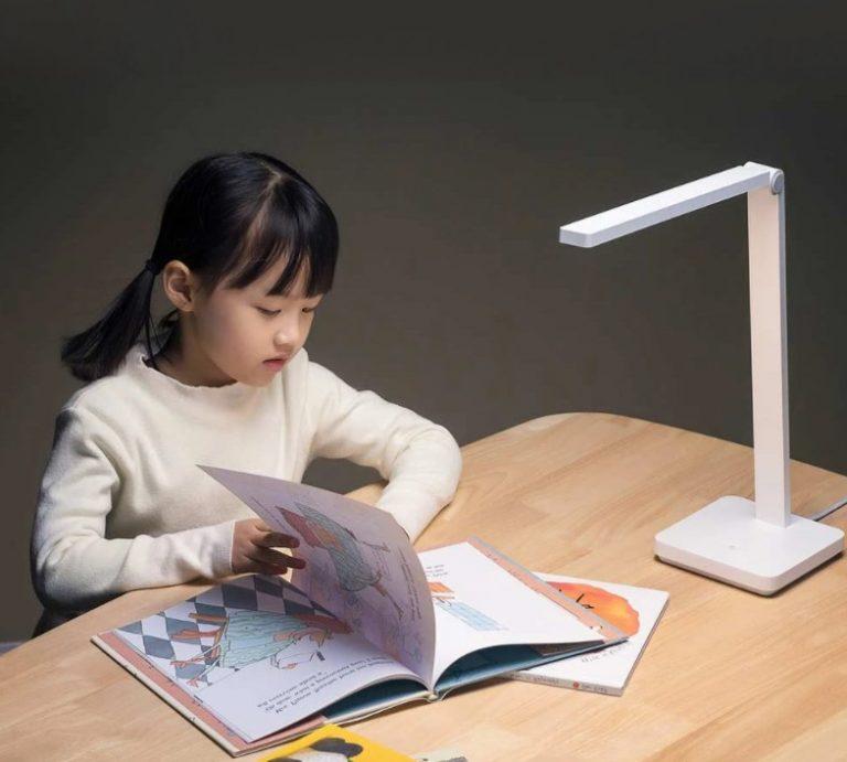 Olcsó Xiaomi lámpa tanuláshoz, munkához 3