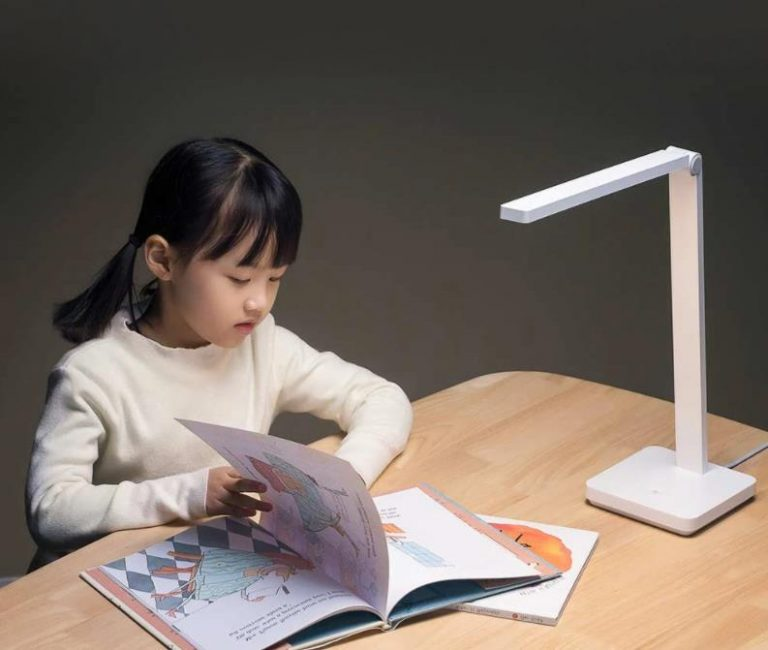 Olcsón vihető a Xiaomi asztali lámpája 8