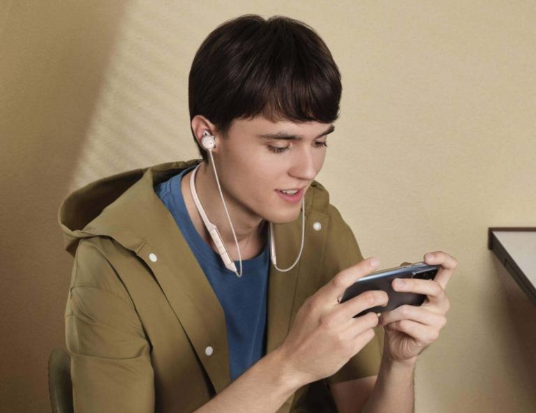 Rengeteg újdonságot tartogat a Huawei FreeLace Pro fülhallgató 3
