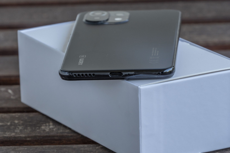 Xiaomi Mi 11 Lite 5G okostelefon teszt 10
