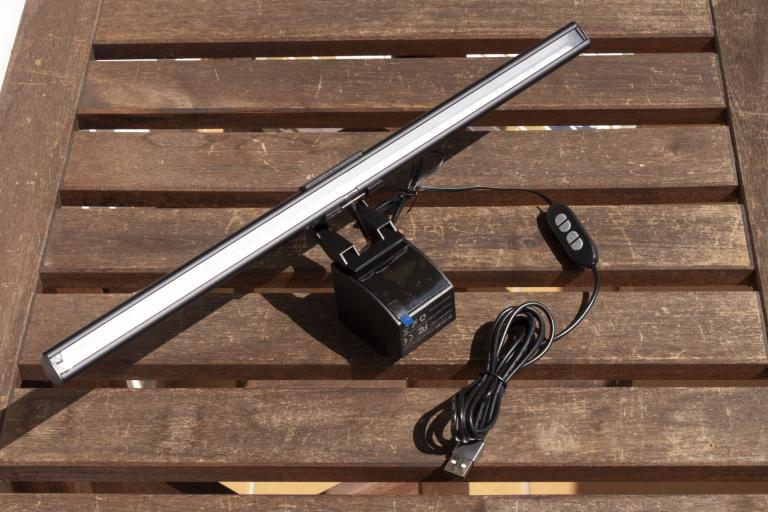 BlitzWolf BW-CML1 monitor lámpa teszt 5