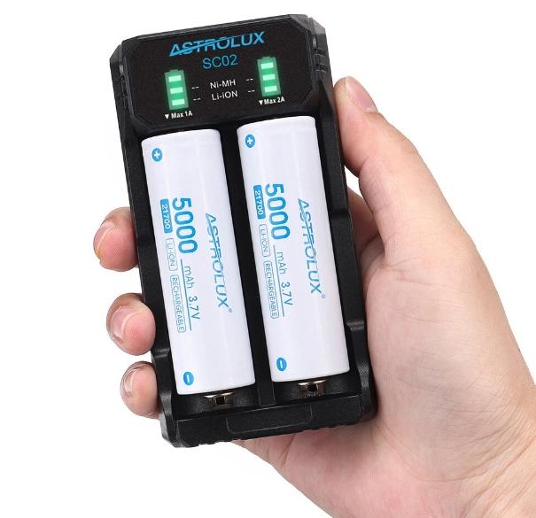 Szinte minden szabvány aksit tölthetünk az Astrolux SC02-vel 6