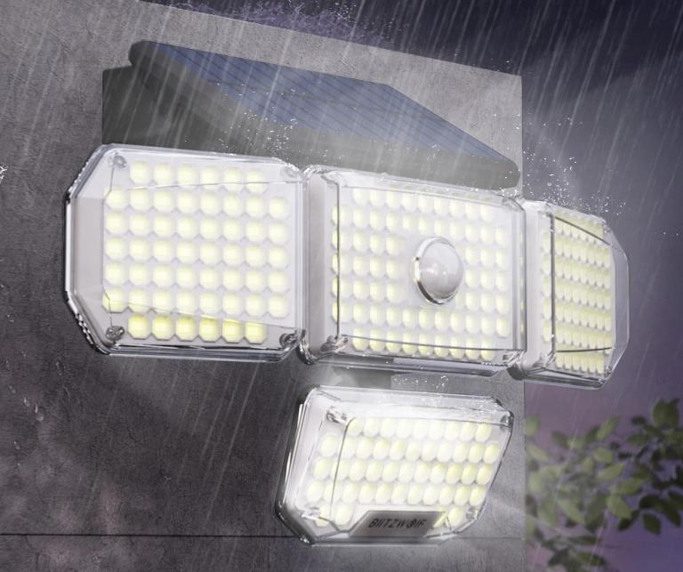 214 LED van az új mozgásérzékelős, napelemes BlitzWolf lámpán 5