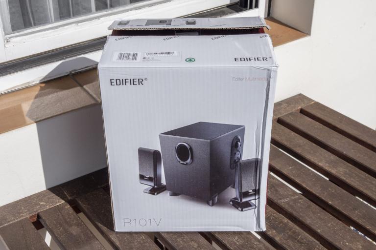 Edifier R101V 2.1-es hangfalszett teszt 2