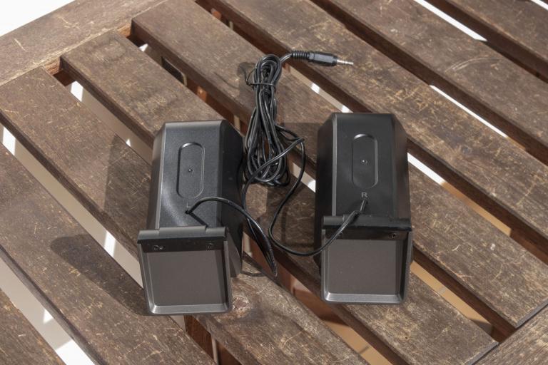 Edifier R101V 2.1-es hangfalszett teszt 6