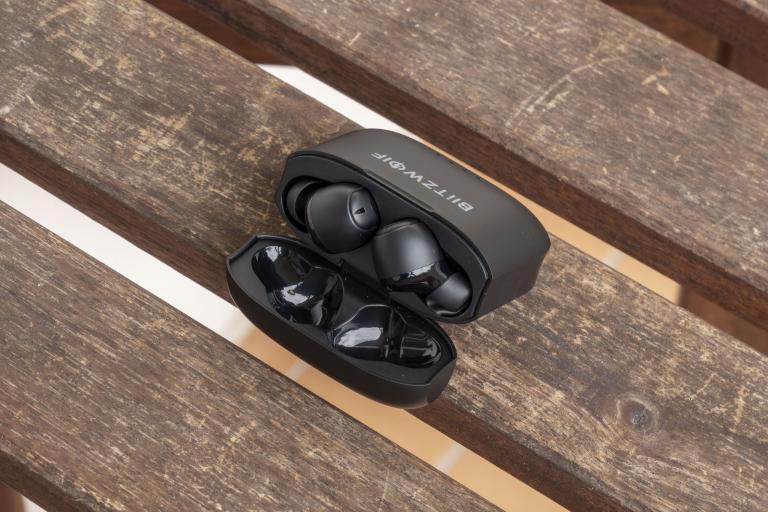 BlitzWolf BW-FYE11 TWS fülhallgató teszt 7