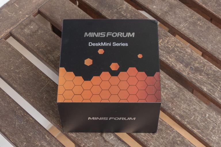 MinisForum EliteMini UM700 mini PC teszt 2