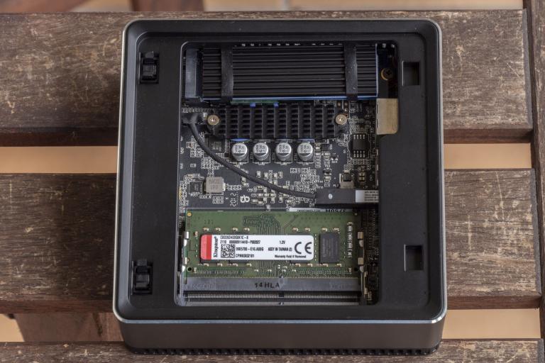 MinisForum EliteMini UM700 mini PC teszt 12