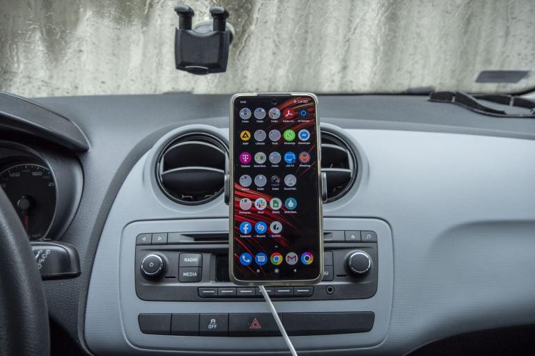 BlitzWolf BW-CF2 autós telefontartó teszt 7