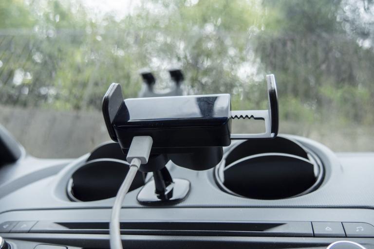 BlitzWolf BW-CF2 autós telefontartó teszt 13